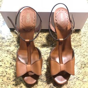 RED Valentino Brown High Heels Bows Size 41 w box